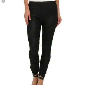 FREE PEOPLE | Black Ruched Legging Pant M